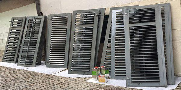 alte Storen und Fensterläden wurden mit Dampf gereinigt und frisch geölt